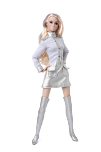 Out of this World Poppy Parker Limited Edition Size of 900 Dolls Estimated Ship Date: Approximately Mid-July 2015 Suggested Retail Price: $120.00 Available for Pre-order from Any Authorized Integrity Toys Dealer